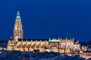 Toledo, ciudad abierta al turismo | Curso para guías de turismo sobre Catedral y Pulsera turística